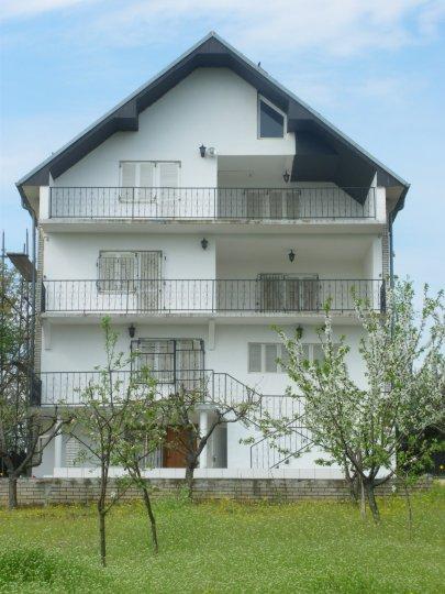 Kuća Mramor